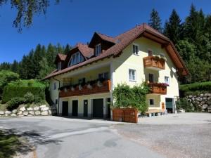 Haus Neuhofer 2012